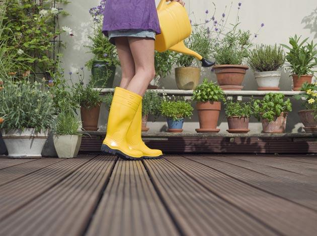 garden sustainably