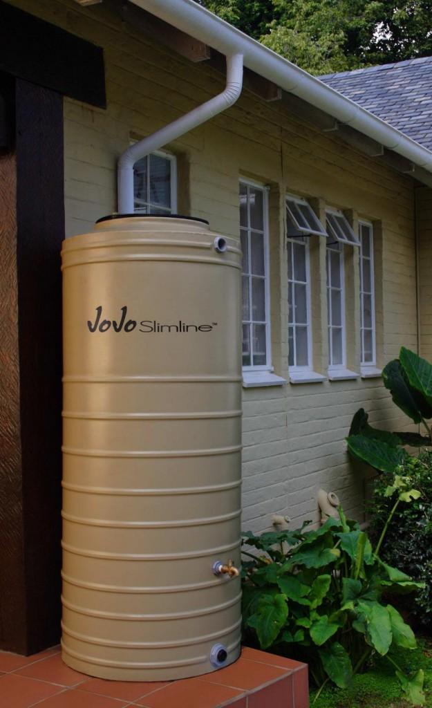jojo 750 liter slimline rain water tank