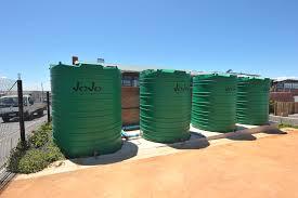 liquid storage tanks