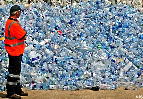 water bottle pollution