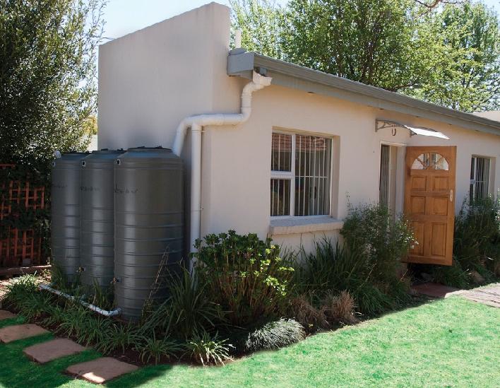 JoJo domestic water tanks